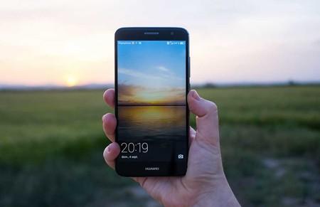 Cambio de imagen y ofertones con operadoras: así se coronó Huawei en el mercado español del smartphone