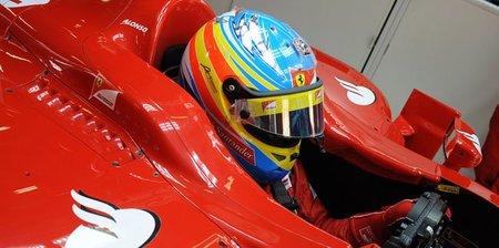 Fernando Alonso ya prueba el Ferrari de 2012 en el simulador