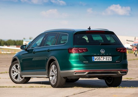 Volkswagen Passat Alltrack 2020 1280 30