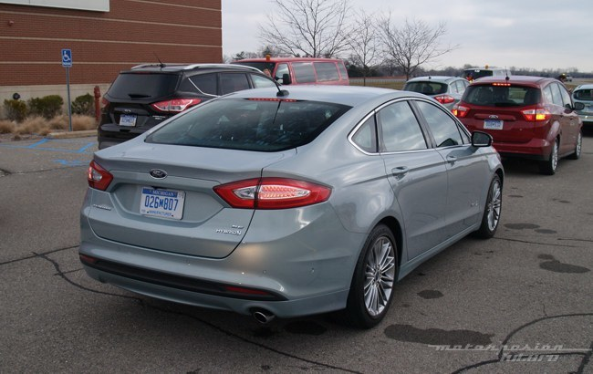 Ford Fusion/Mondeo Hybrid Dearborn 03