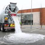 ¿Y si un nuevo hormigón superabsorbente acabara con la conducción sobre mojado?