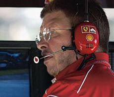 Brawn confirma que Ferrari valoró el fichaje de Fernando Alonso