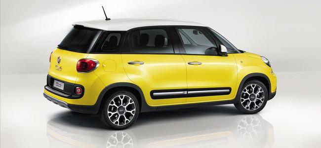 Fiat 500L Trekking amarillo