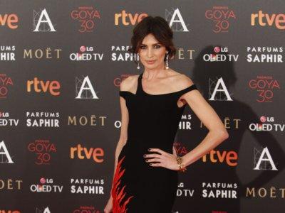 Nieves Álvarez y Úrsula Corberó apuestan por el recogido bajo en los Premios Goya 2016