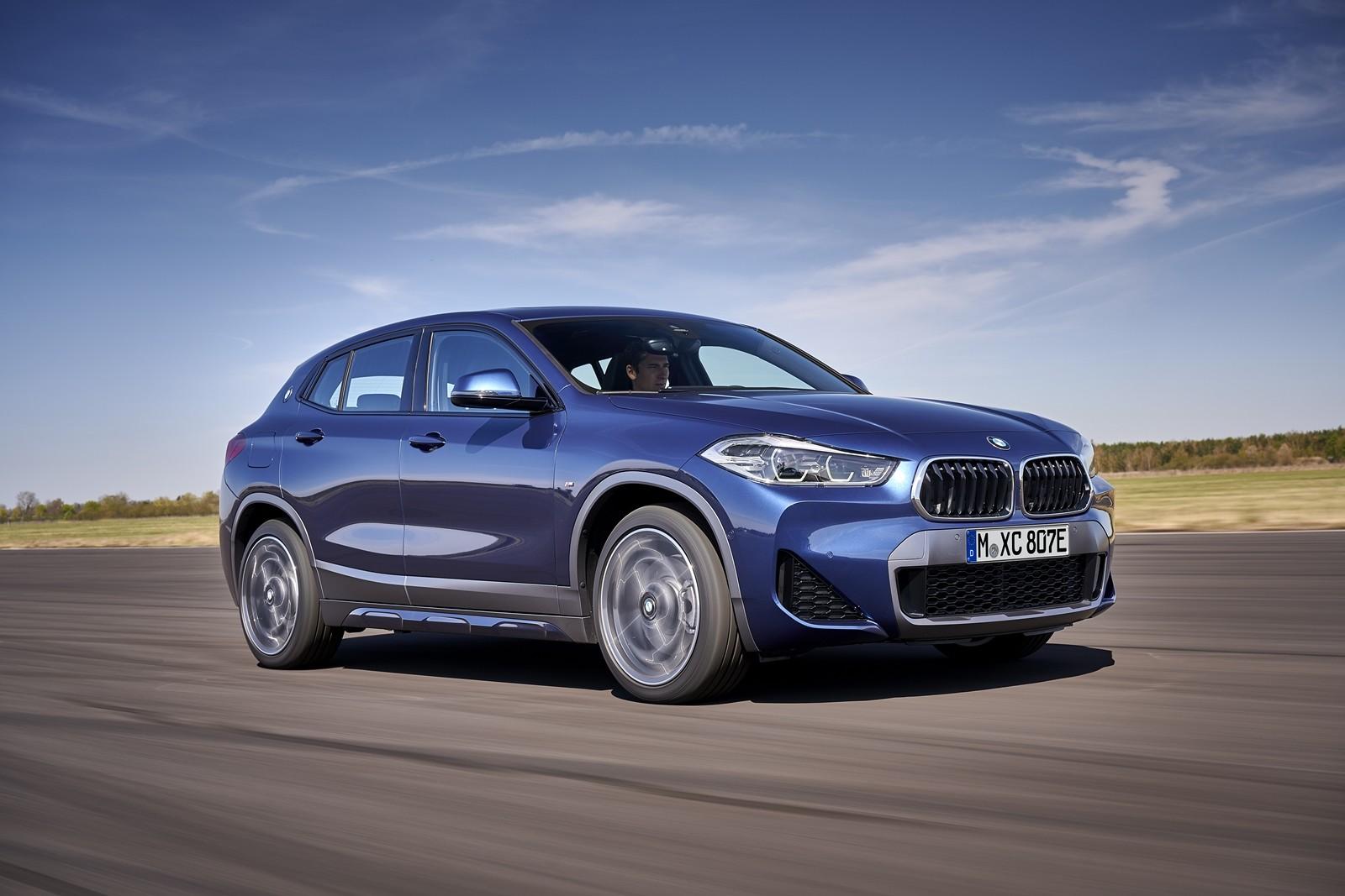 Foto de BMW X2 xDrive25e 2021 (16/53)