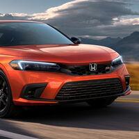 El Honda Civic Si 2022 es un picante compacto de 200 hp, tan entusiasta que no hay automático