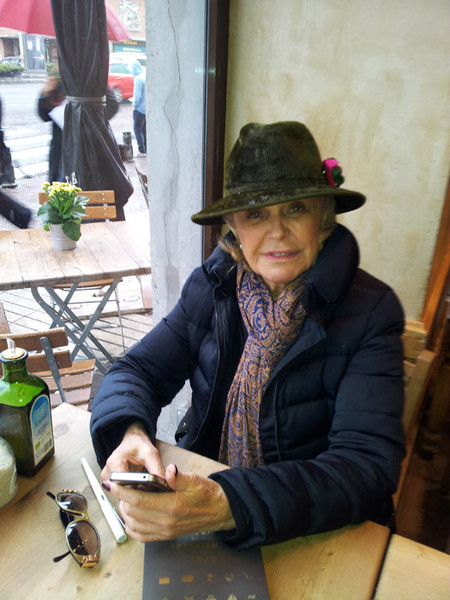 Entrevista a Béatrice d'Orléans, trend setter e incansable viajera, para Disfrutar de una Experiencia de Lujo