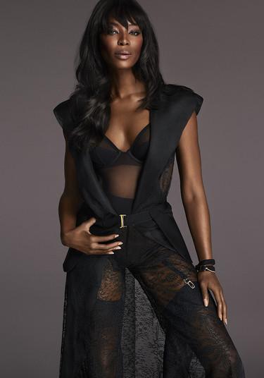 Naomi Campbell súper sexy en la nueva campaña de La Perla