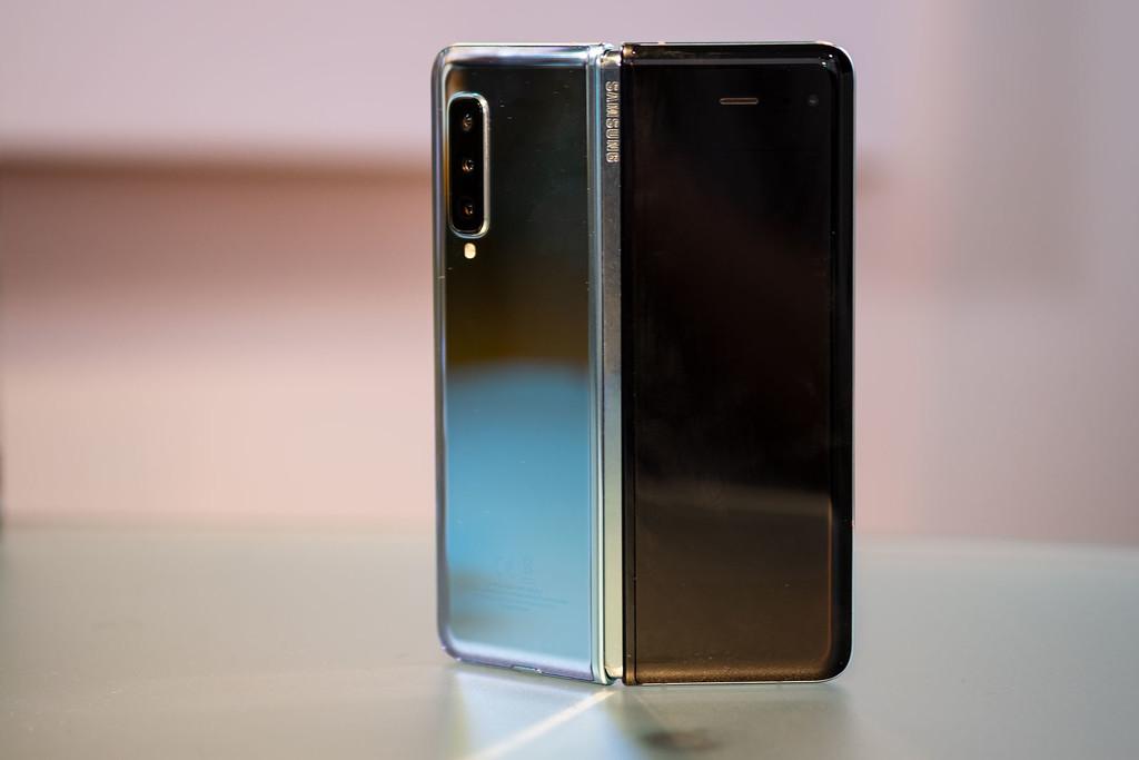 Samsung Galaxy Fold, primeras impresiones: la sorpresa de la fiabilidad y la sensación continua de sostener el móvil del futuro