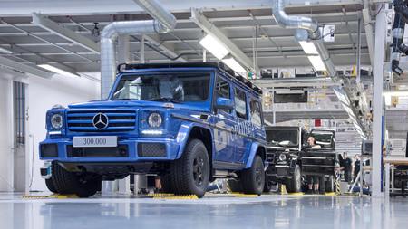 No morirá nunca el último todoterreno auténtico: se han fabricado 300.000 unidades del Mercedes Clase G y es casi igual al de 1979