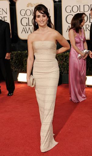 Elige el vestido de Penélope Cruz en los Globos de Oro 2010