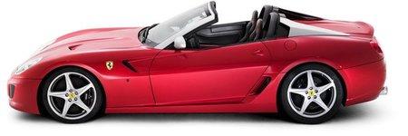 Ferrari celebra el primer semestre más exitoso de su historia