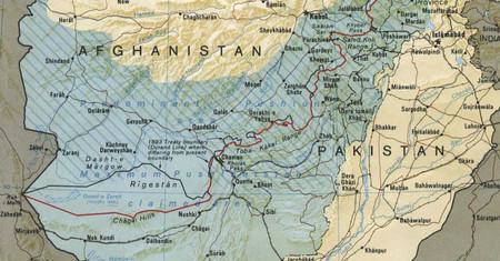 Rehaciendo los desastres de la colonización: Pakistán y Afganistán definirán su frontera con Google Maps
