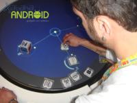 Curiosidades Android desde el MWC2012: Intel reedita los androides bailongos en versión rap