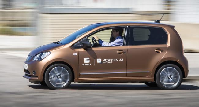 Los coches eléctricos compartidos de SEAT ya circulan por Barcelona, aunque aún es un proyecto piloto