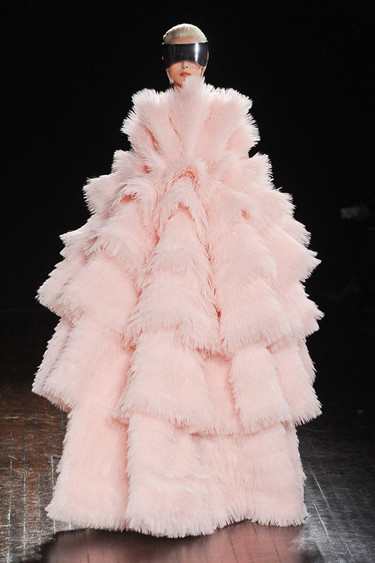 Tendencias Otoño-Invierno 2012/2013: el romanticismo del rosa palo