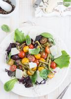Ensalada de tomate y judías verdes con aliño de anchoas. Receta