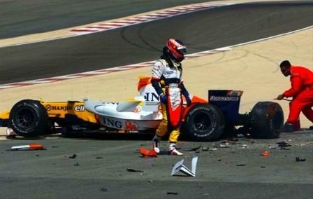 El nuevo Renault R29 no pasa el crash test de la FIA