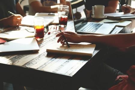 ¿Quieres mejorar tu planificación diaria? Sticky Notes puede ayudarte: te damos algunas claves para aprovechar su uso