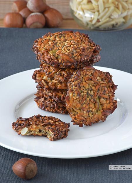 Galletas energéticas de semillas y frutos secos sin harina. Receta para un picoteo saludable