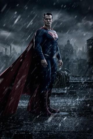 'Batman v Superman', primera imagen del hombre de acero