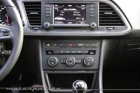 SEAT León ST 2014 - interior