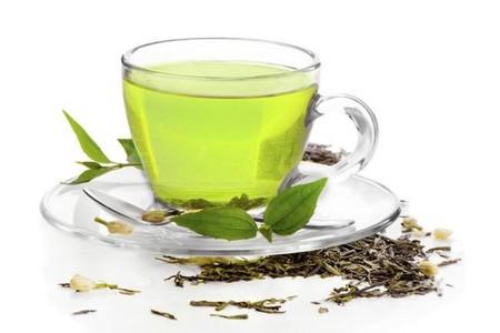 Teatoxing: una arriesgada dieta a base de té que solo depura tu cartera