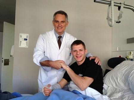 Stefan Bradl operado del síndrome compartimental en el antebrazo derecho