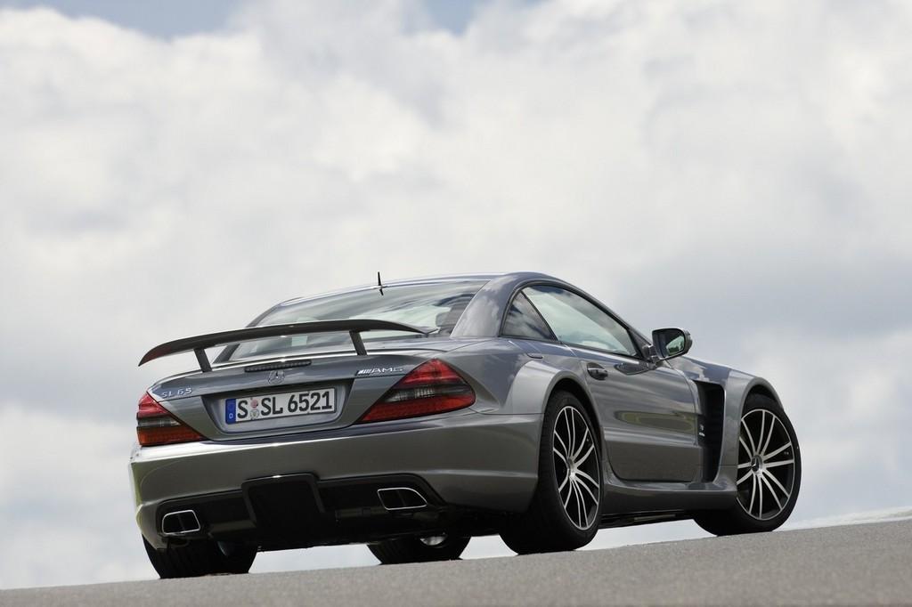 Foto de Mercedes-Benz SL 65 AMG Black Series (1/44)