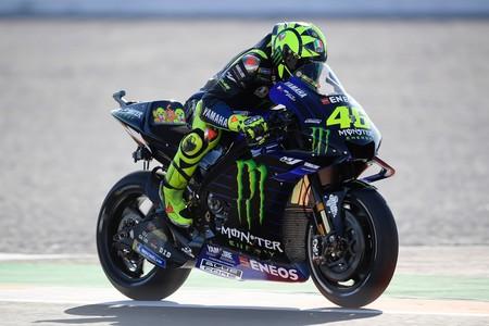 """Valentino Rossi no quiere que MotoGP termine en Valencia: """"Llevamos dos años con un clima de invierno"""""""
