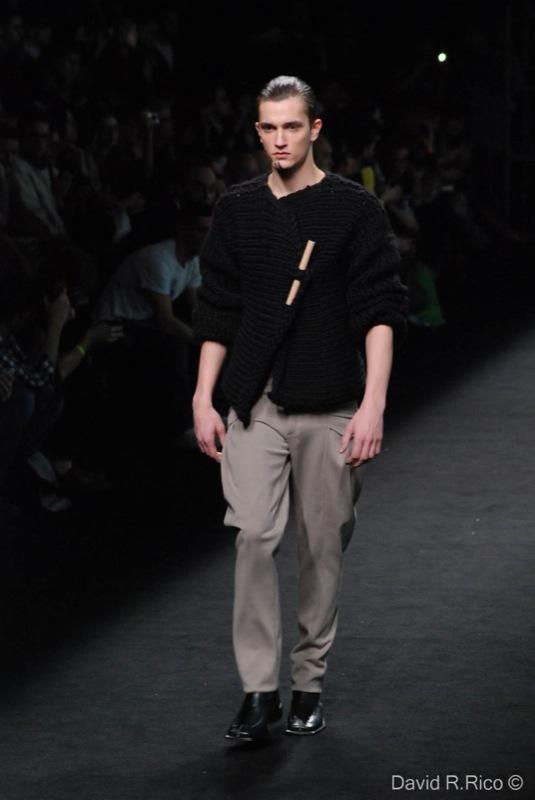 Foto de 080 Barcelona Fashion 2011: segunda jornada con las propuestas para el Otoño-Invierno 2011/2012 (20/99)