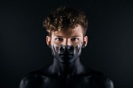 Trece ideas y consejos para hacer retratos diferentes (o al menos más originales)