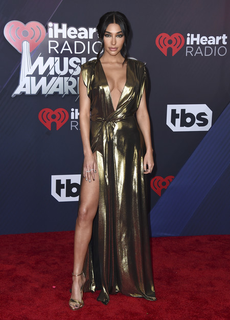 alfombra roja iheartradio music awards red carpet Chantel Jeffries