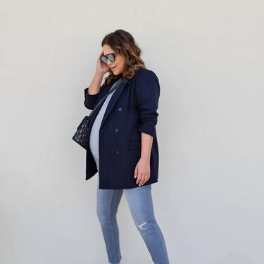 Paula Echevarría luce el perfecto look premamá low cost: jeans de H&M y blazer de Primark