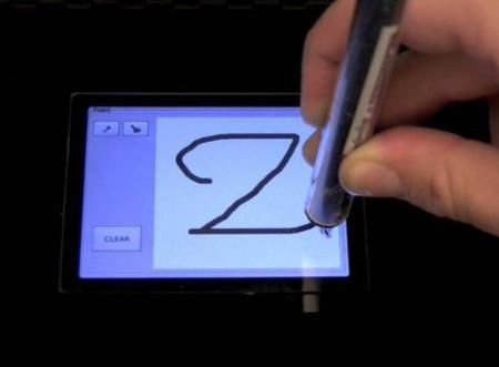 WriteSense, pantallas capacitivas no solo con el dedo
