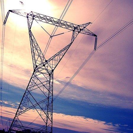 Acuerdo in extremis para que no suba la electricidad