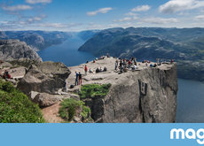 Ascenso al Preikestolen: 600 metros de caída libre en el corazón de los fiordos noruegos
