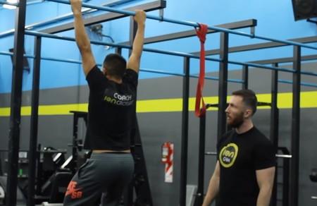 agarres-dominadas-activacion-muscular