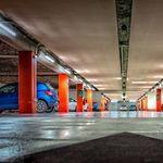 Una propietaria abandona durante nueve años su coche en un parking y deja 28.000 euros de factura