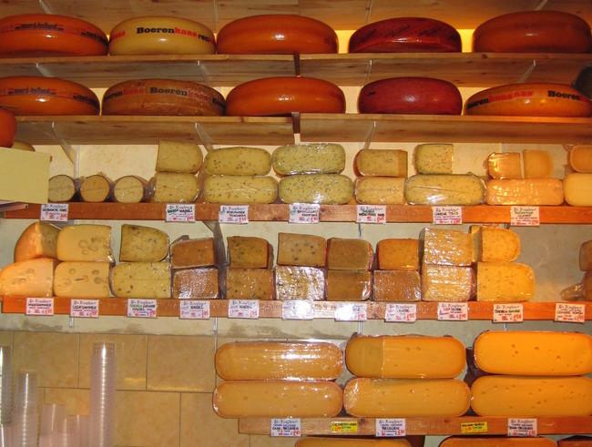 """""""Tu queso huele igual que el mío"""": dos holandeses se enfrentan por patentar la misma comida y esta es la solución de la UE"""