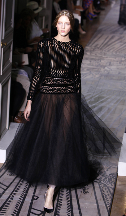 Foto de Todas las imágenes de Valentino Alta Costura Otoño-Invierno 2011/2012 (29/37)