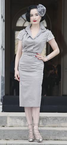 Dita von Teese en el desfile de Alta Costura de Christian Dior primavera verano 2009