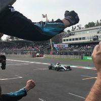 Cuarto Campeonato del Mundo de Fórmula 1 para Lewis Hamilton en México. Verstappen gana  la carrera