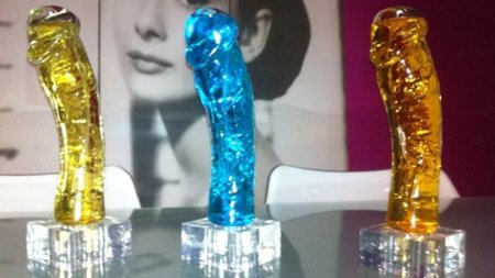 Nacho Vidal lanza un perfume con la forma de su pene: 25 by Nacho Vidal