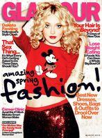 Dakota Fanning está compuesta, sin novio y sin ganas de embarcarse, ¡pero con mucho Glamour!