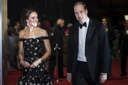 Repasamos lo mejor (y algún tropiezo) de la alfombra roja de los Premios Bafta 2017