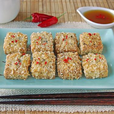 Bocados de tofu crujiente con sésamo: receta para un picoteo diferente