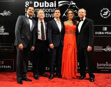 Tom Cruise, fallo de etiqueta en el Dubai Film Festival 2011: smoking con botas cortas