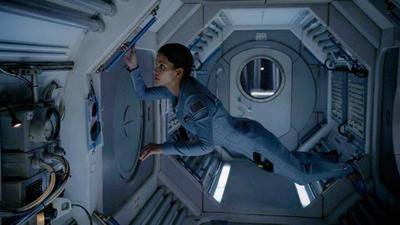 CBS renueva 'Under the Dome' y 'Extant', pero también cancela 'Reckless'