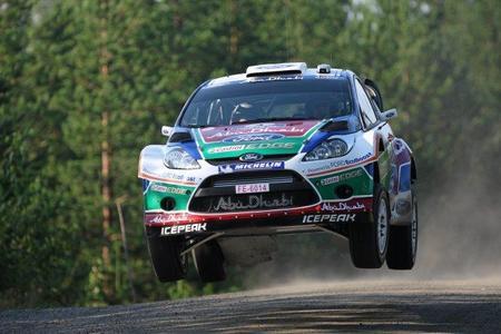 Rally de Finlandia 2011: Mikko Hirvonen se deja sus opciones en el primer tramo